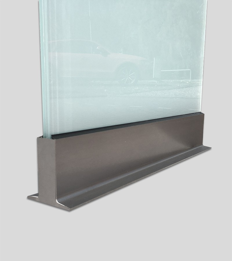 Außenbreich Glaspylon Werbepylon