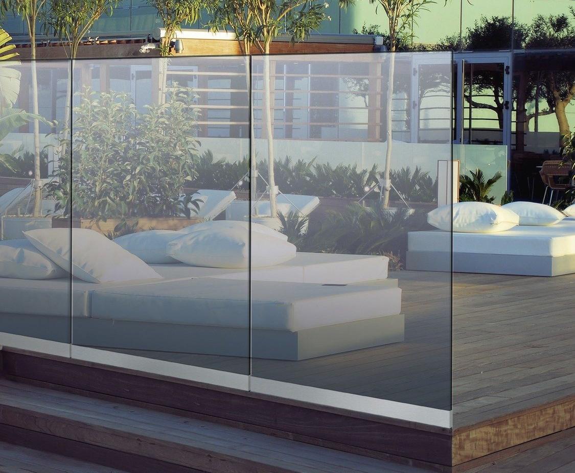 Glaszäune Windschutz und Sichtschutz